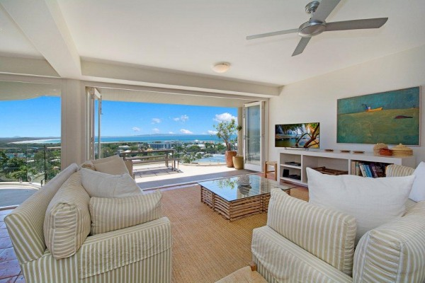 luxury apartments Noosa
